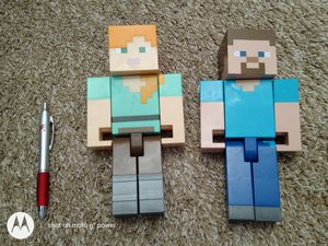 Minecraft Large Alex and Steve toy figures for Sale in Hacienda Heights, CA