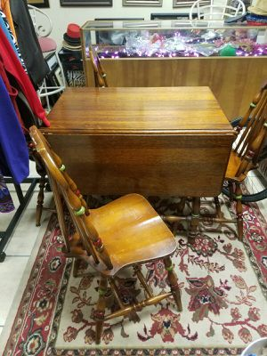 ANTIQUE table and chairs for Sale in Phoenix, AZ