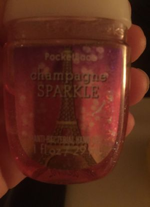 Bath and body works champagne sparkle hand sanitizer for Sale in Chandler, AZ