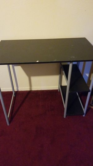 Desk table for Sale in Fresno, CA