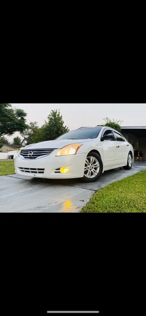 Nissan Altima 2.5S. Special. Edition 2011 for Sale in Orlando, FL