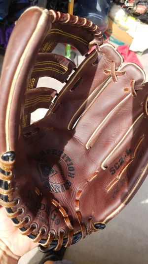 Spalding oil tanned leather glove for Sale in Avondale, AZ