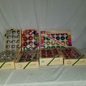 Vintage Shiny Brite, Pyramid, Woolworth and other Christmas ornaments - 250+ for Sale in Strathmore, CA