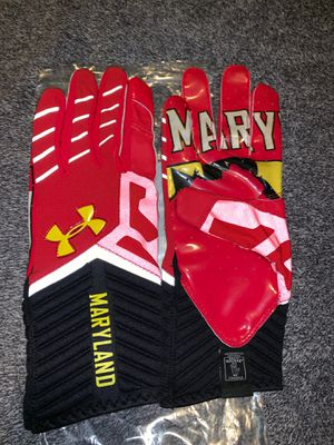 MARYLAND FOOTBALL GLOVES for Sale in Washington, DC