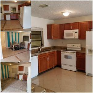 Kitchen Cabinet & Appliances for Sale in Lauderhill, FL