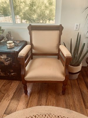 Eastlake style Victorian accent chair—vintage chair—antique chair for Sale in El Cajon, CA