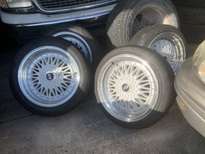 17s 5 lug universal for Sale in Killeen, TX