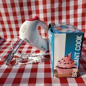 NEW Electric hand mixer 5 speed for Sale in Los Angeles, CA