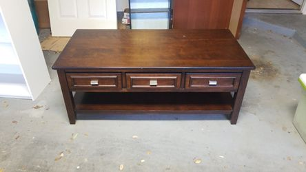 Coffee Table for Sale in Manchaca,  TX