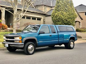 1998 Chevy Silverado 4X4 3500 Dooley with only 100k miles for Sale in Gresham, OR