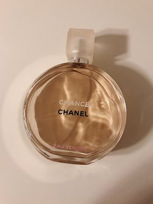CHANEL eau tendre perfume for Sale in Los Angeles, CA