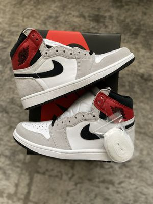 Jordan 1 Retro Light Smoke Grey for Sale in Fresno, CA