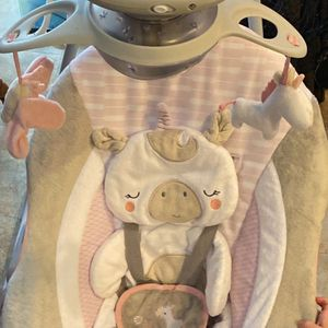 Ingenuity Inlighten Cradling Swing Flora The Unicorn for Sale in St. Cloud, FL