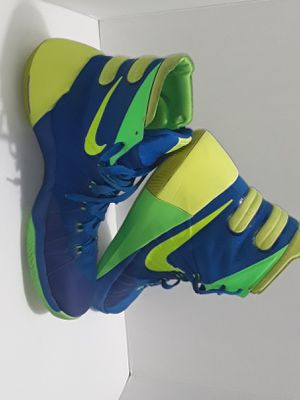 Nike Hyperdunk 2015 Sprite Soar/Volt/Green Strike Basketball 749561-473 Sz 9.5 for Sale in West Sacramento, CA