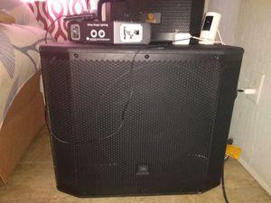 18 inch JBL self powered bass subwoofer concert series for Sale in Rustburg, VA