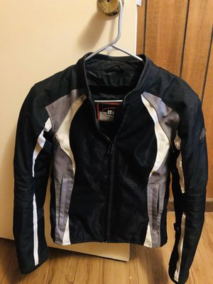 Good condition, Bilt women's small motorcycle jacket with armor for Sale in Cochran, GA