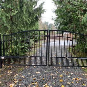 14' Elect Dual Driveway Gate for Sale in Everett, WA