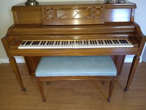 Piano and beginning piano books for Sale in Temecula, CA