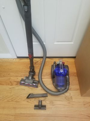 DYSON ANIMAL ,, IN THE BOX ,, WORKS EXCELLENT ,,BEST OFFER ACCEPTED for Sale in Auburn, WA
