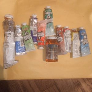 Winton Oil Paint And 1 Great Glass Stain Yellow for Sale in Fresno, CA