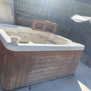 Hot Tub Spa for Sale in Corona, CA