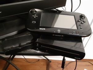 Nintendo wii U whit 13 games for Sale in Waukegan, IL