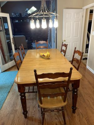 Canadel kitchen table and chairs for Sale in Old Bridge Township, NJ