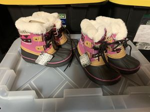 LIL TOTTENHAM GIRL SNOW BOOT - KIDS' for Sale in San Bernardino, CA