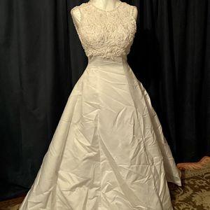Eden bridal Wedding Dress for Sale in New Britain, CT