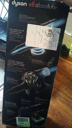 Dyson V8 Absoulte Cordless Vacuum for Sale in San Antonio, TX