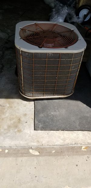Air conditioning ac unit with heater fan box for parts or scrap for Sale in Missouri City, TX