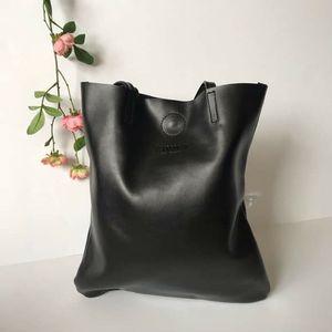 New Retro vintage black leather tote shoulder bag for Sale in GRANT VLKRIA, FL