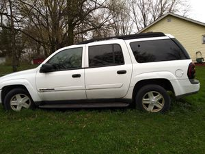 2004 chevy blazer 124k miles NEEDS TRANS ONLY!! for Sale in Waukegan, IL