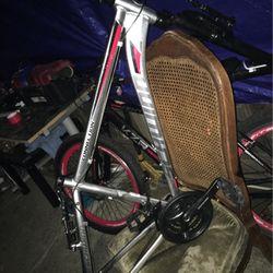 Bike Frame (Schwinn) for Sale in Sunnyvale,  CA