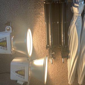 Alienbees 800 320 WS Photography Lighting for Sale in Alexandria, VA