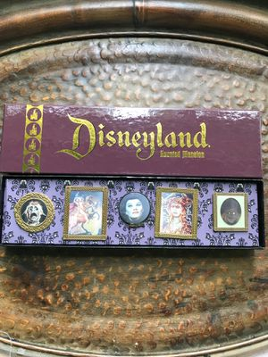 Disneyland Haunted Mansion Lenticular Pin Set for Sale in Buena Park, CA
