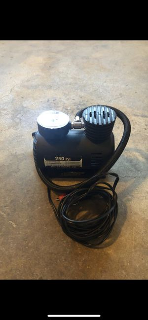 12Volt car tire pump, 250PSI - cigarette lighter plug for Sale in Montebello, CA