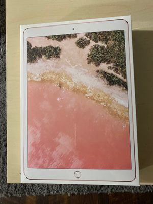 Apple iPad Pro (10.5-inch, Wi-Fi + Cellular, 64GB) - Rose Gold (Previous Model) for Sale in Chicago, IL