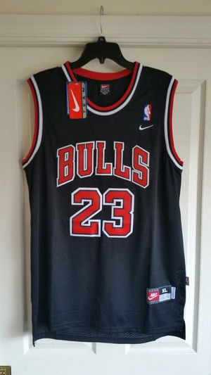 Size XL Jordan Bulls basketball jersey for Sale in Oakland Park, FL