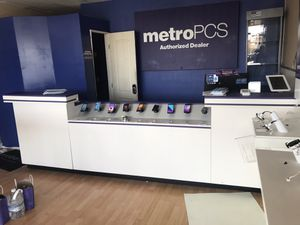 Metro pcs displays for Sale in San Diego, CA