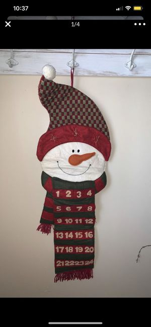 New snow man calendar counting down the days till Xmas 37inches tall great for family or children to count down the days for Sale in Colton, CA