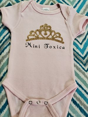 Custom made shirts,decals,bows,and more for Sale in Lake Elsinore, CA