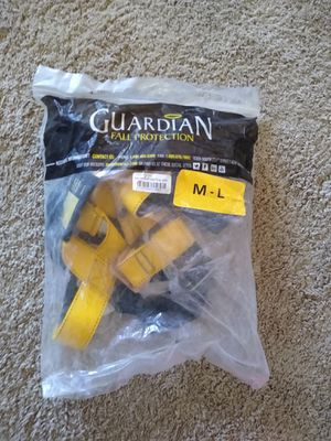 Safety harnesses M/L for Sale in Alexandria, VA