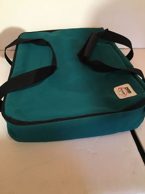 Pyrex Portables Insulated Casserole Holder Travel Bag for Sale in Raleigh, NC