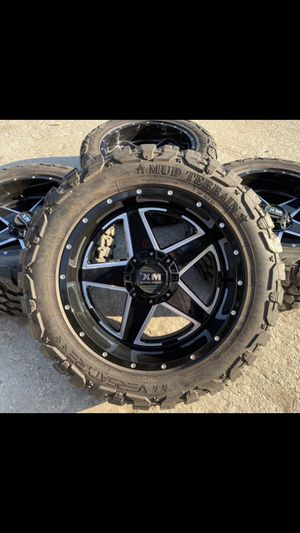 Like New 20x12 XM black Rims and 33x12.50r20 Tires 6 Lug Wheels Ford F-150 F150 Chevy Silverado , Tahoe , GMC Sierra , Yukon , Dodge Ram 1500 , Rines for Sale in Dallas, TX