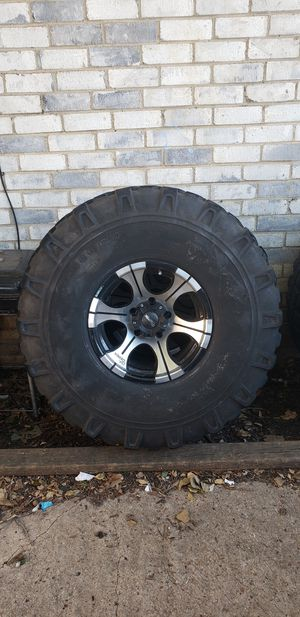 NEEDS GONE ASAP 35 inch Off Road tires for Sale in Arlington, TX