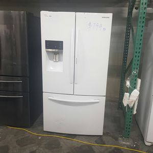 SAMSUNG White French Door Refrigerato for Sale in Chino Hills, CA