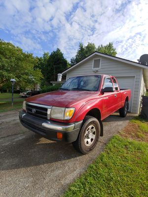 2000 Toyota tacoma for Sale in Lawrenceville, GA
