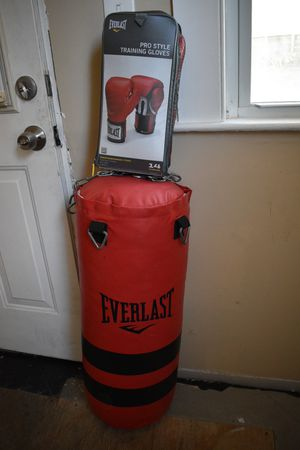 Punching bag with gloves for Sale in Shelton, CT
