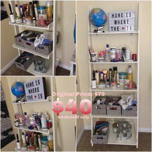 Shelf Bookcase White (no accessories) for Sale in Orlando, FL